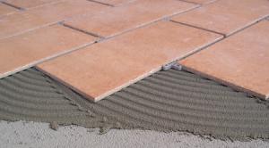 isolcoll b40 adesivo cementizio per piastrelle di Manno Fondi Latina